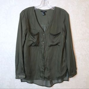 Forever 21 | olive green button down blouse S